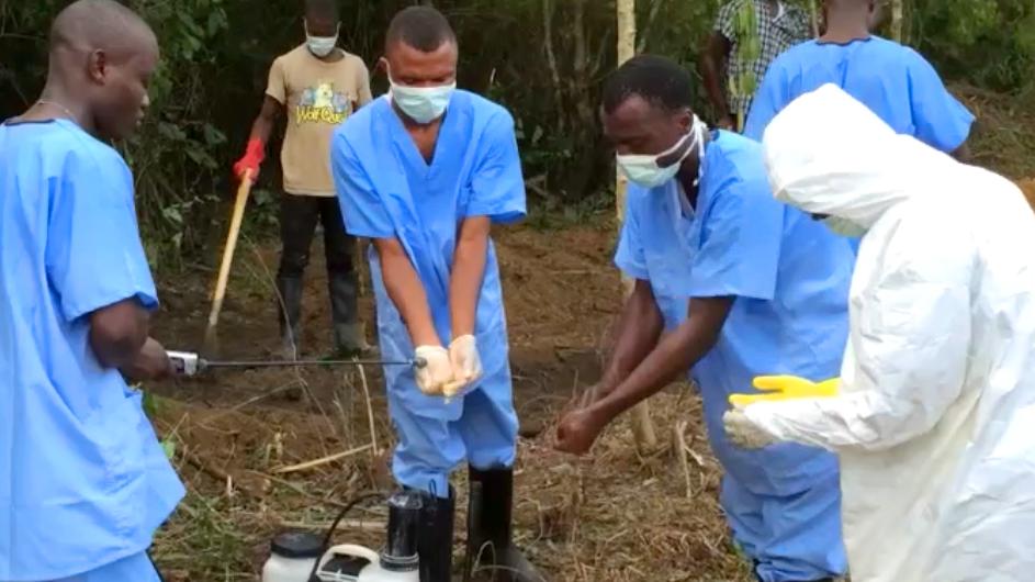 Screenshot_dbate.de_Videotagebuch_Unser Kampf gegen Ebola_2014_ (2)