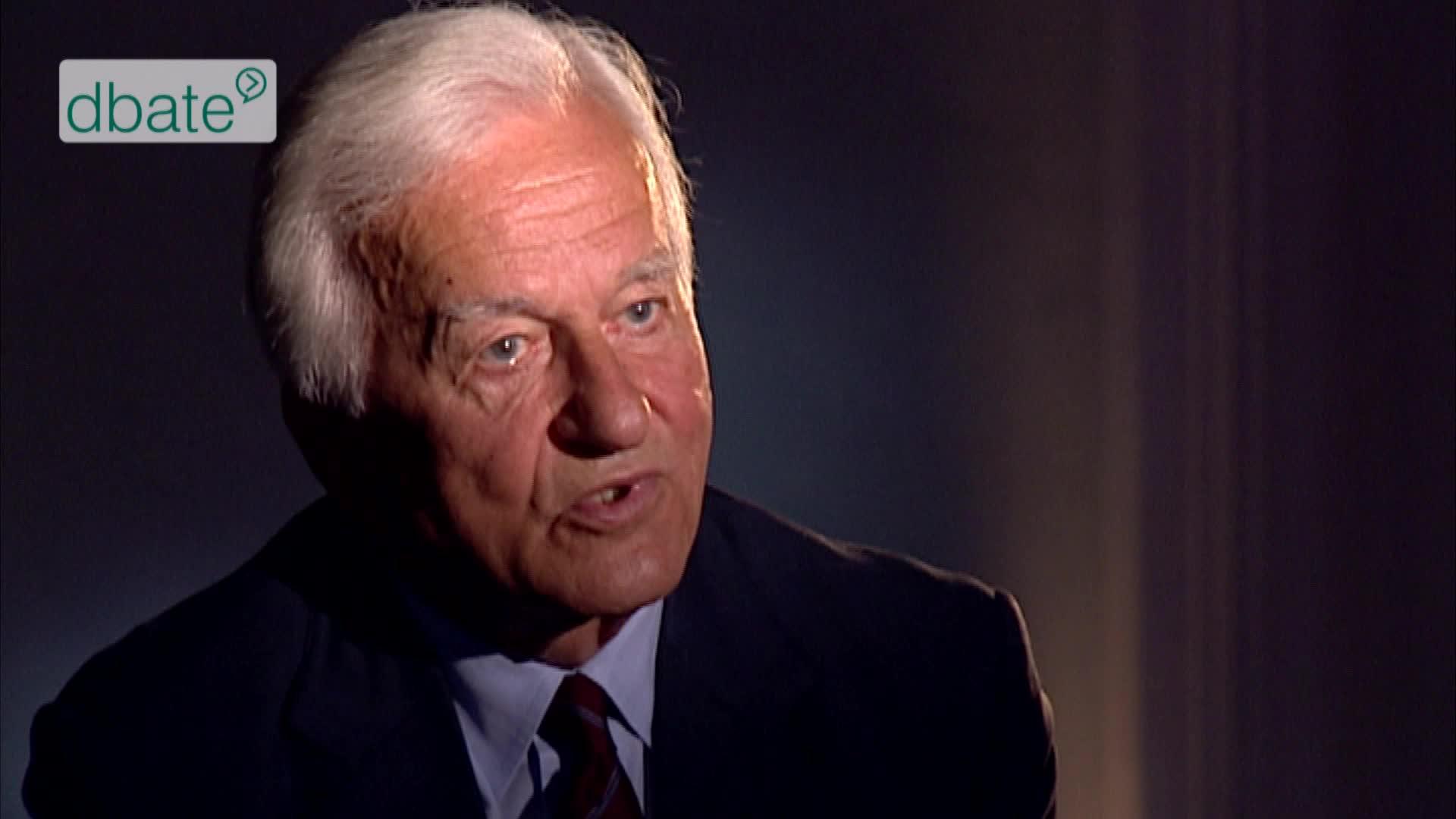 Richard von Weizsäcker im Interview.
