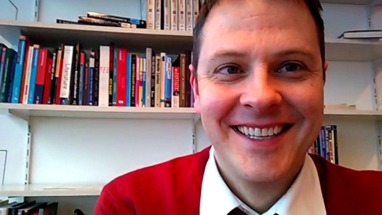 Der Tübinger Professor Michael Butter ist Experte für Verschwörungstheorien und versucht ihrem Wesen kulturübergreifend auf den Grund zu gehen.