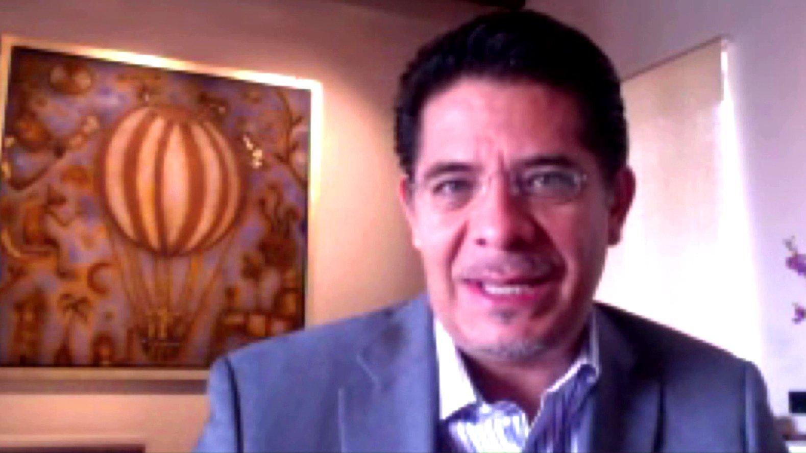Rabindranath Salazar, Senator im mexikanischen Parlament