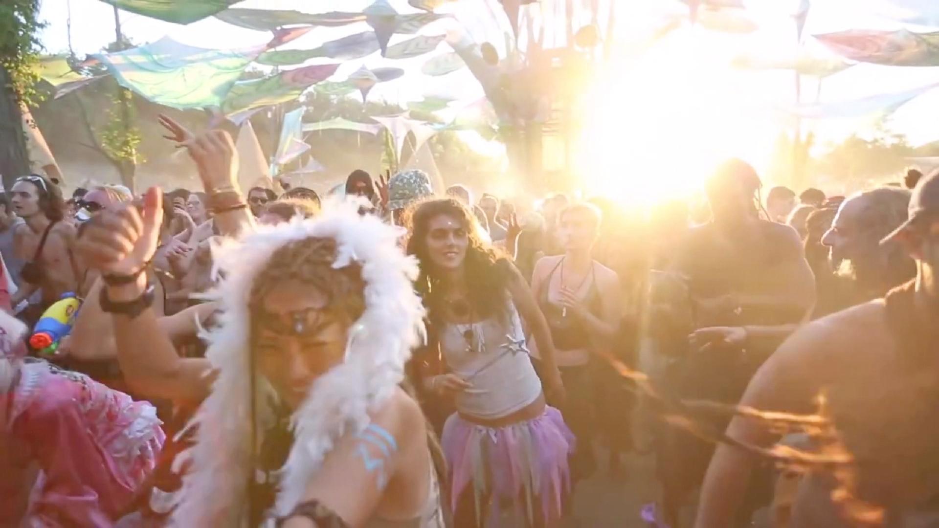 Mein Festival 3/5 - Gemeinsam abheben