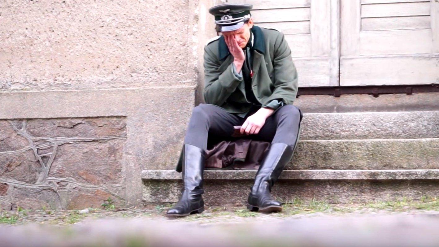"""dbate.de zeigt das Making-of zum ARD-Dokudrama """"Vater, Mutter, Hitler"""", 2016."""