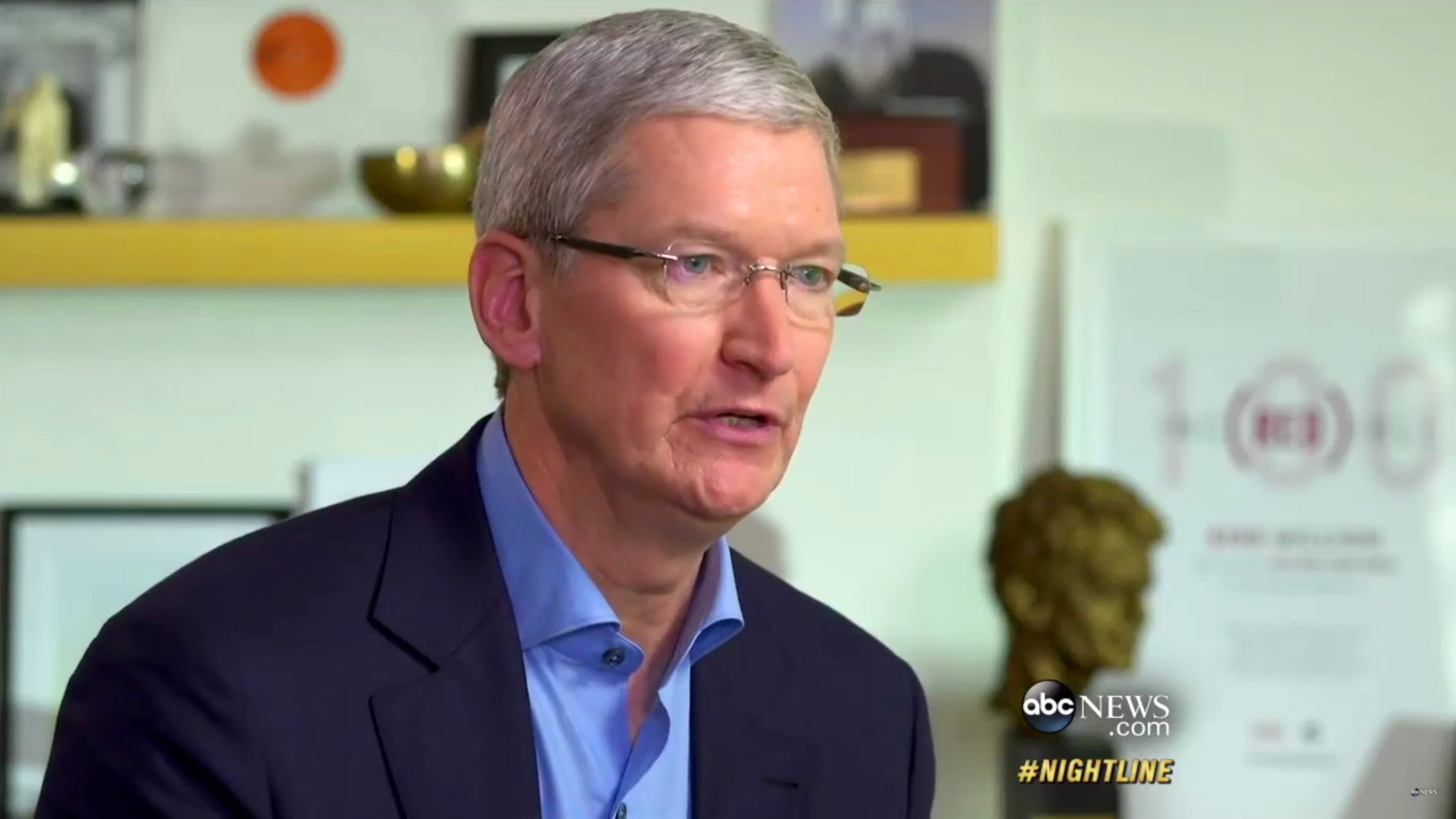 Apple-Chef Tim Cook im ABC News-Interview, 2016 (Video)