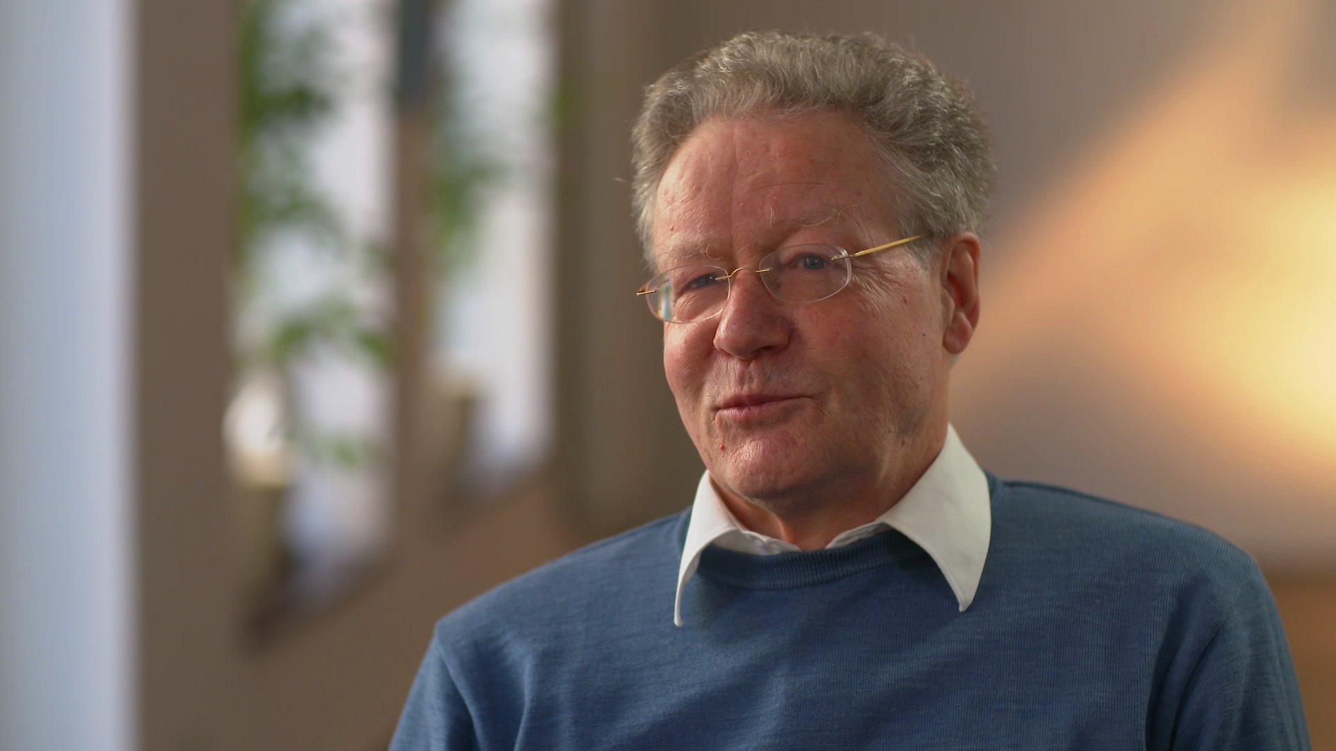 AfD-Gründungsmitglied Konrad Adam über die AfD, 2016 (Video)