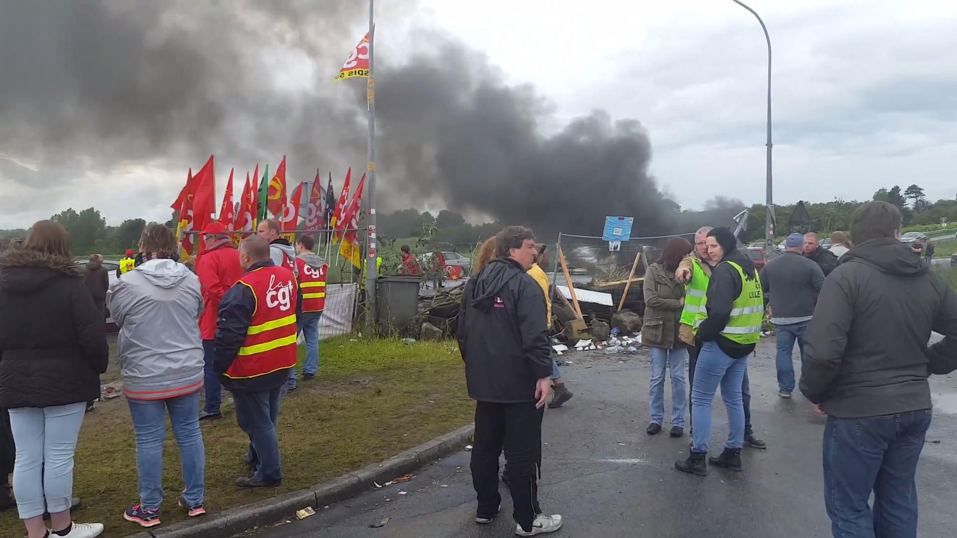 FLASH: Blockade vor Treibstoffdepot in Frankreich