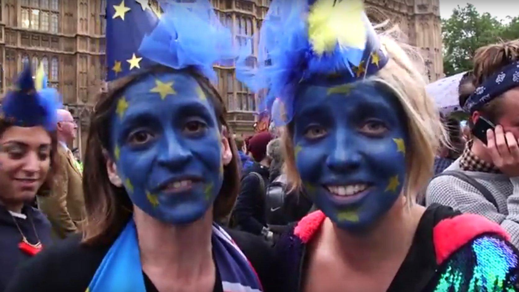 Flash: Anti-Brexit Demo in London