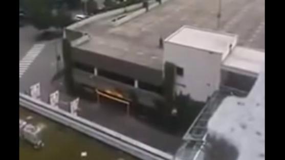 Attentäter auf Parkdeck