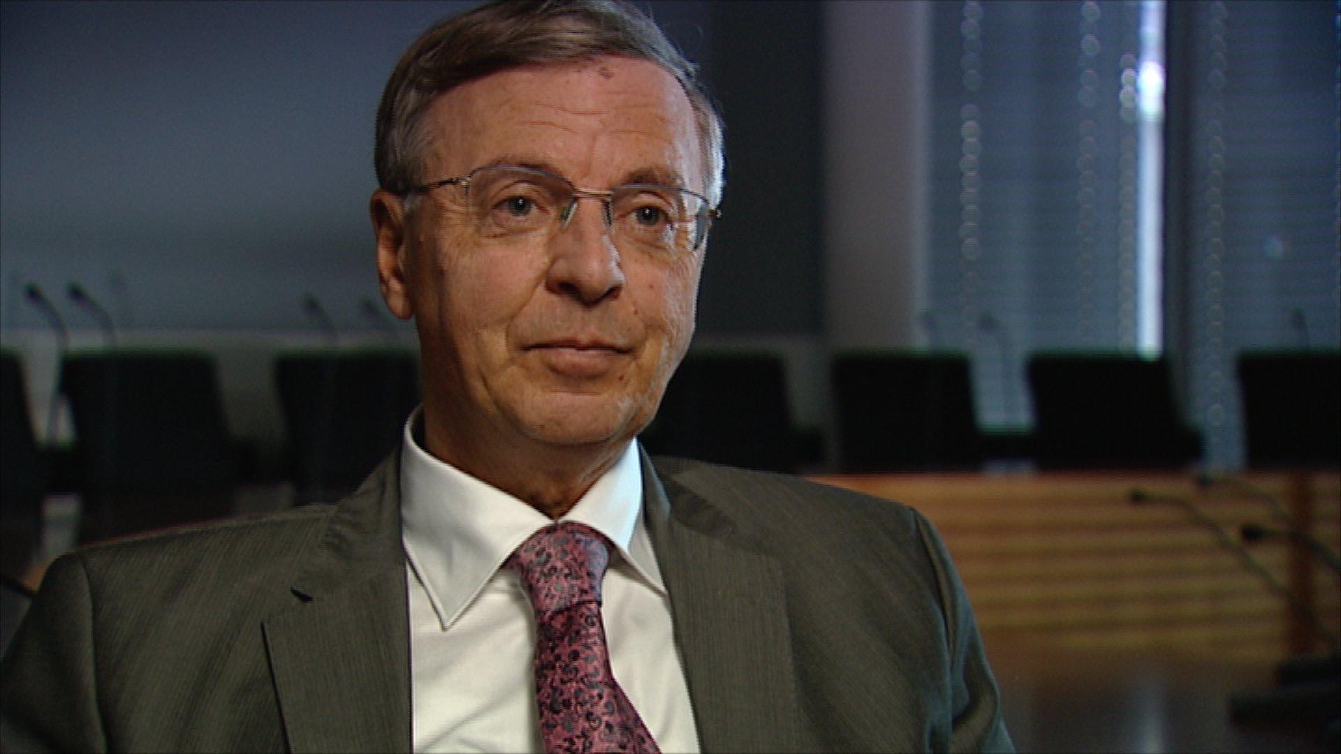 Wolfgang Bosbach (CDU) im Interview mit Stephan Lamby über Kampf und Krankheit in der Politik