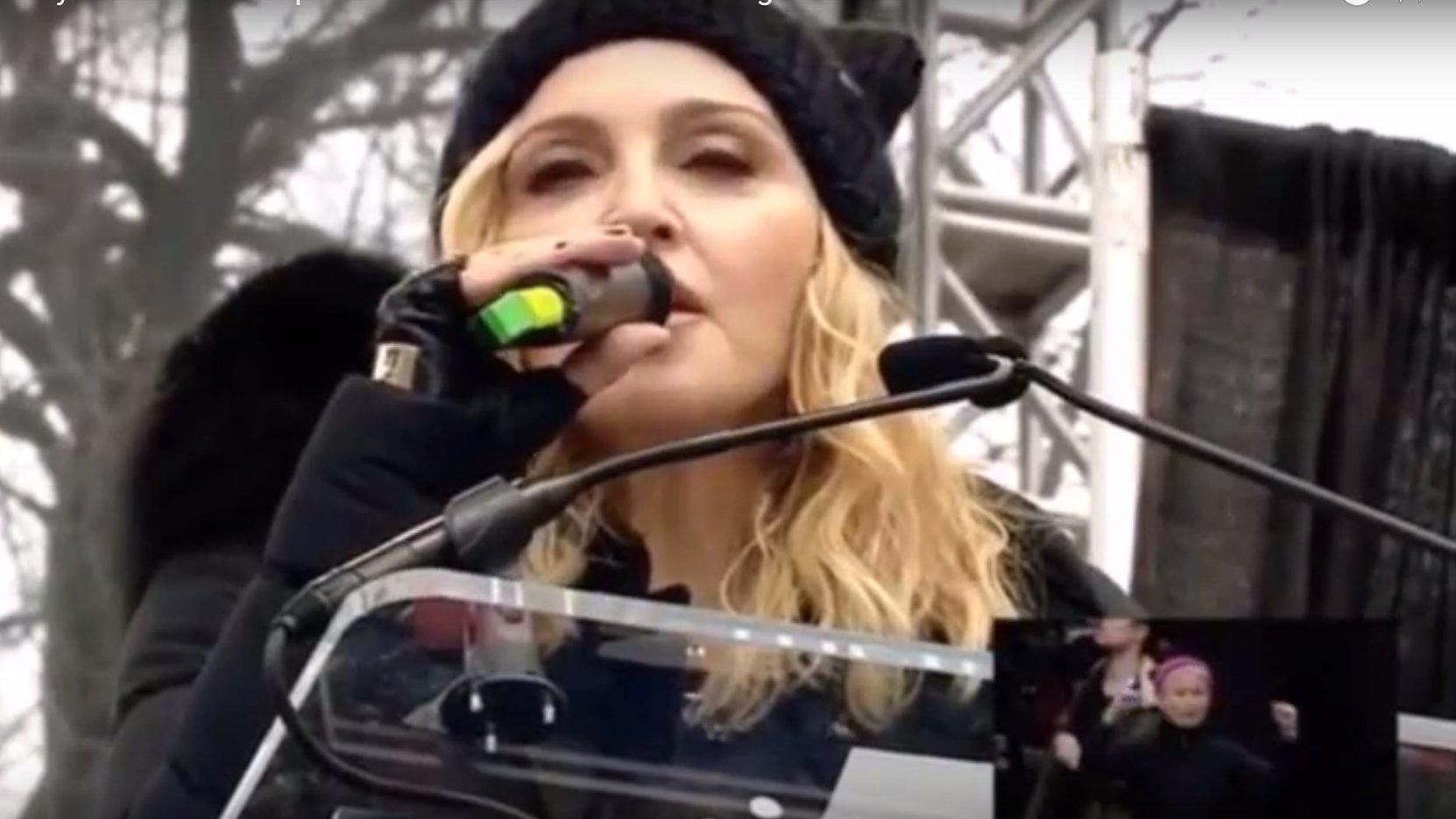 dbate-Flash-Trump-Madonna-fuckyou-WomensMarch-2017