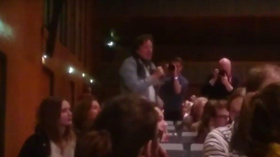 Kachelmann bei Vortrag von Schwarzer