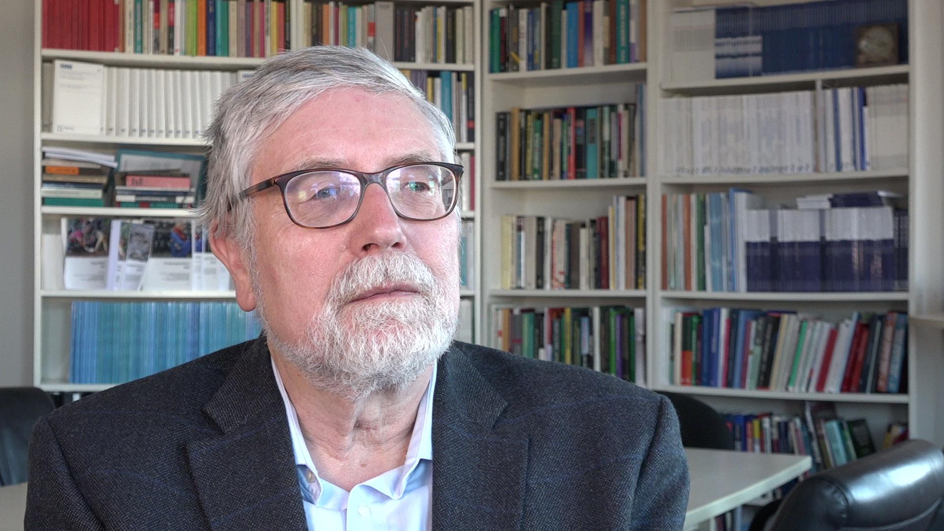 """""""Gefahren für Europa müssen am Ursprung bekämpft werden"""" - Prof. Brzoska im Interview"""