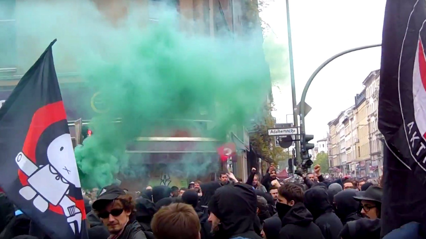 "Berlin: Wenig Gewalt bei ""Revolutionärer 1. Mai""-Demo"