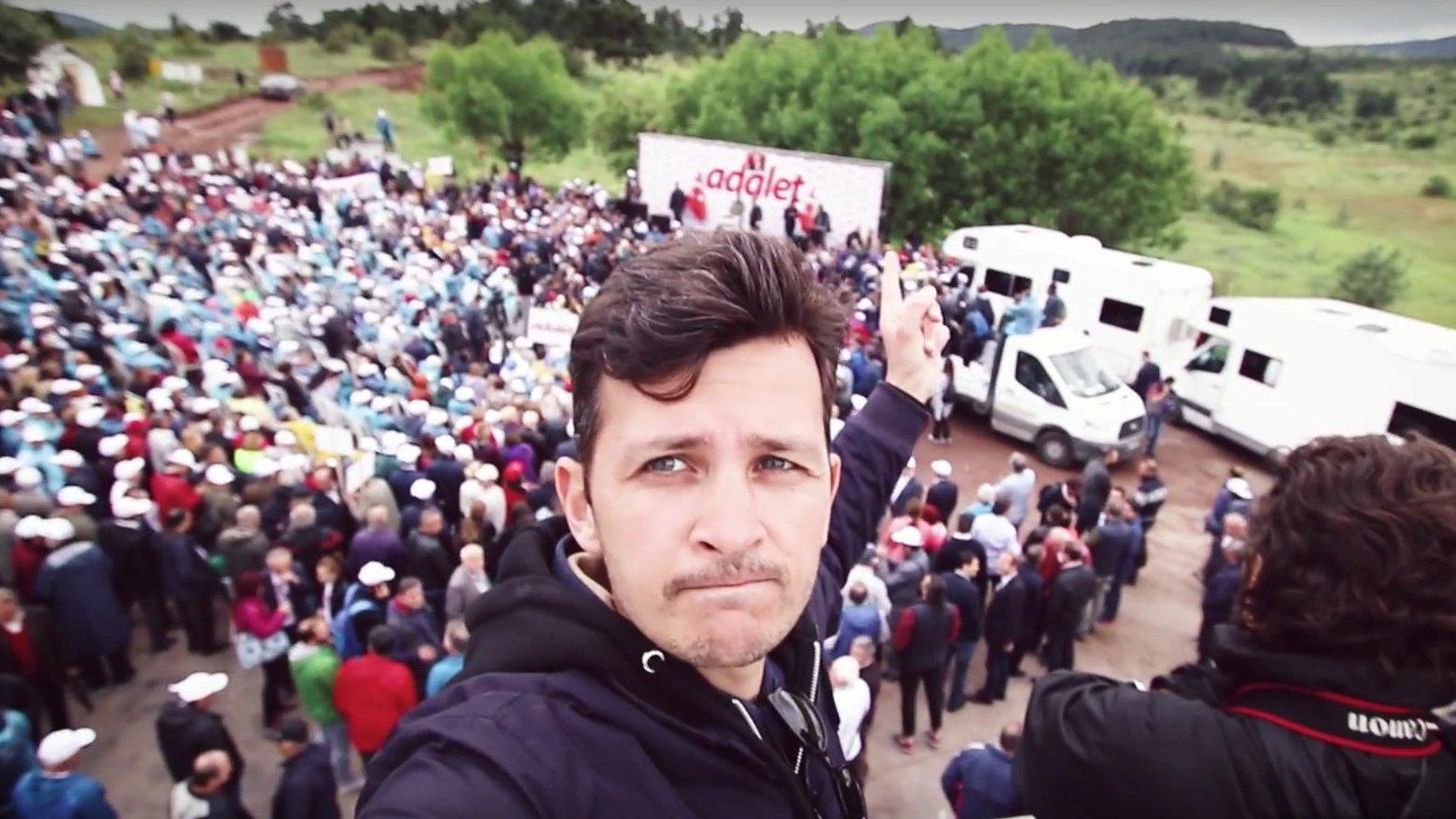 """Seit sechs Tagen unterwegs: Türkischer Protestmarsch """"Adalet"""""""