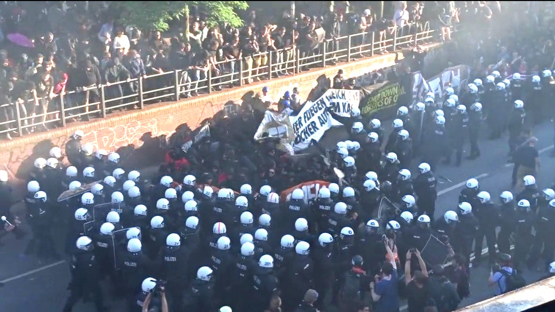 Polizei stoppt die Welcome to Hell-Demonstration