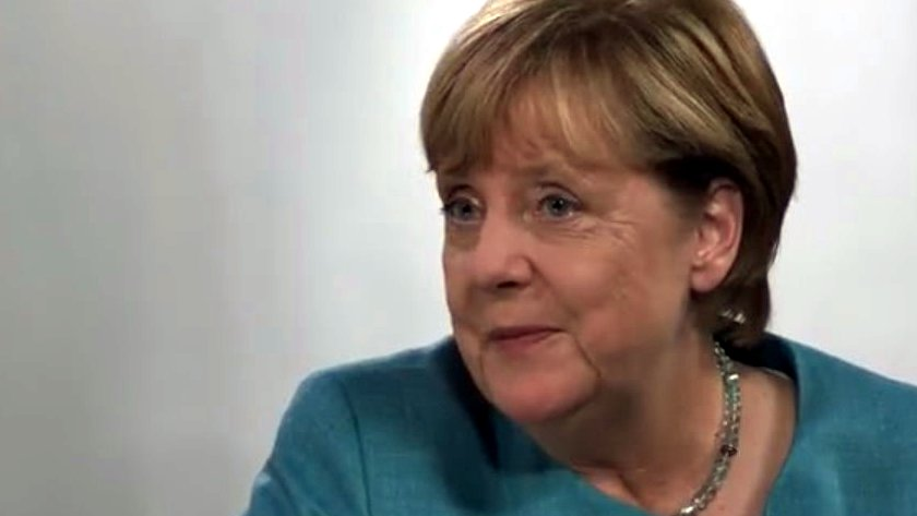 Best of #DeineWahl: YouTube-Stars befragen Merkel