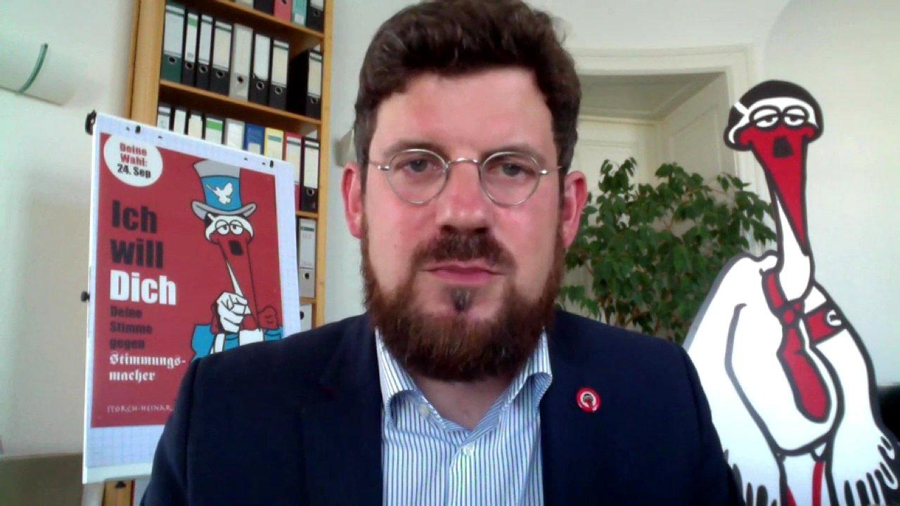 25 Jahre nach Lichtenhagen: Wie rechts ist Deutschland? Interview mit SPD-Politiker Julian Barlen