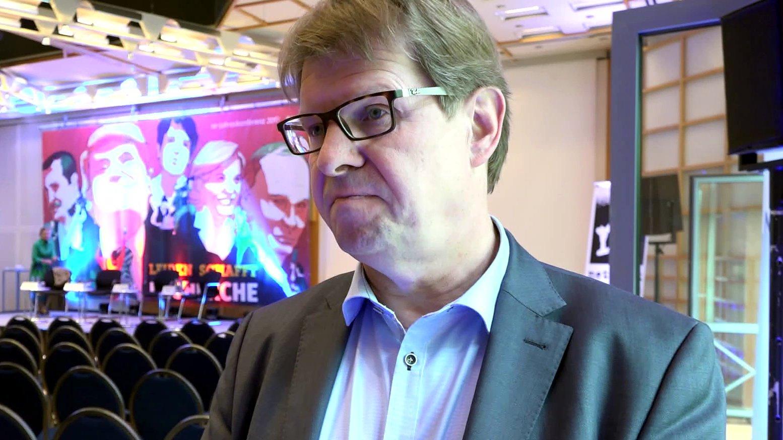 dbate-Interview: Ralf Stegner (SPD) über die AfD und Hass-Kommentare