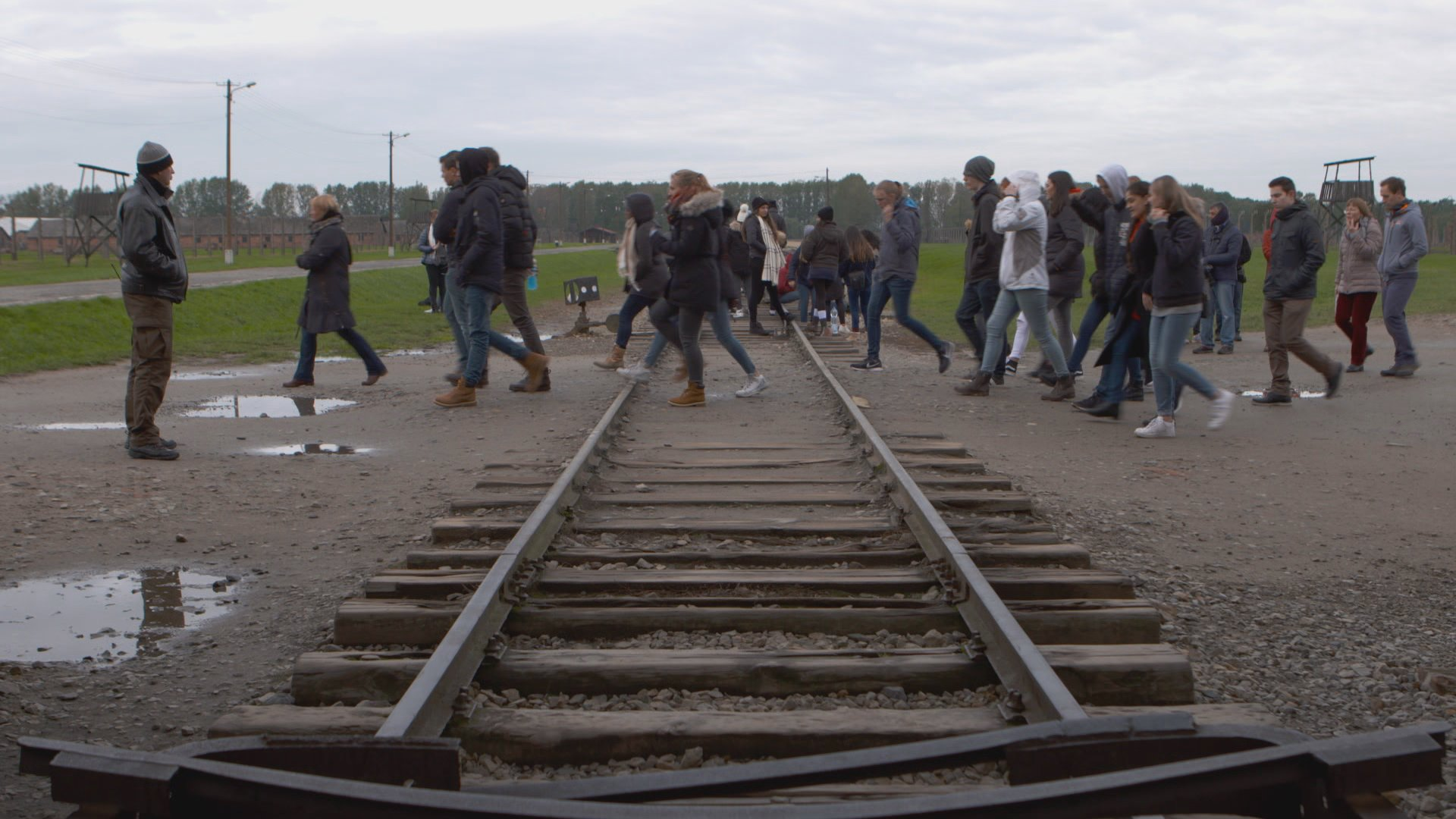 Klassenfahrt nach Auschwitz – Deutsche Jugendliche und der Holocaust (Doku)