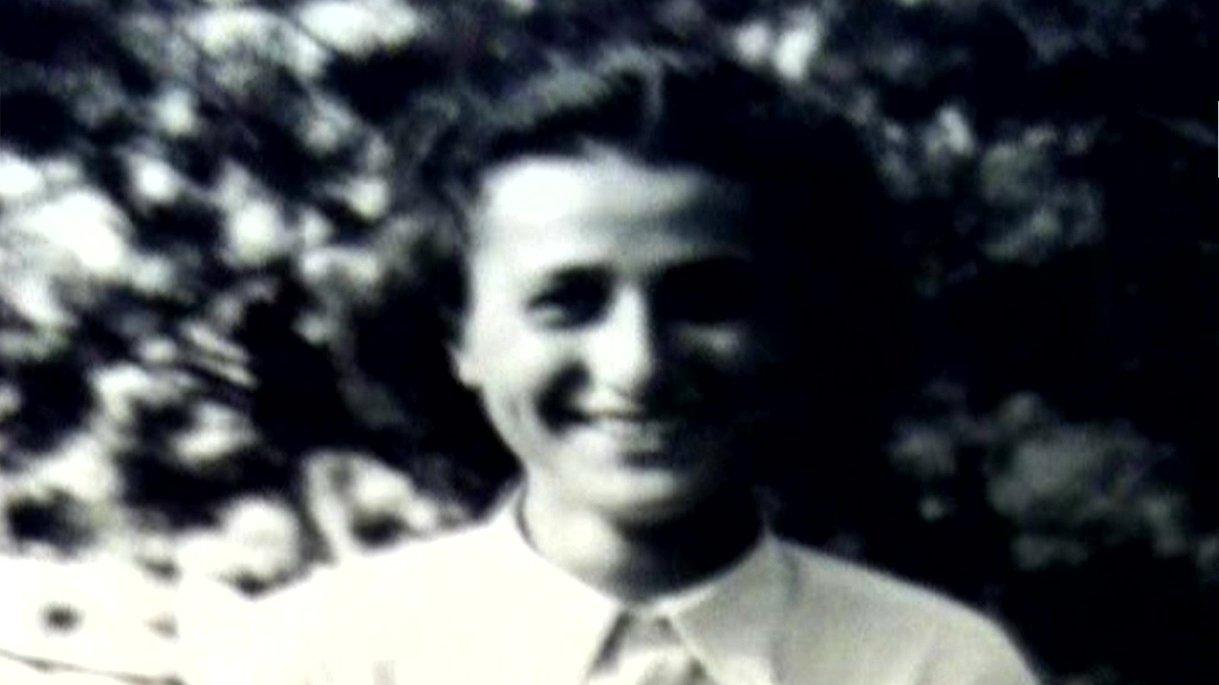 Anita Lasker-Wallfisch, 1945.
