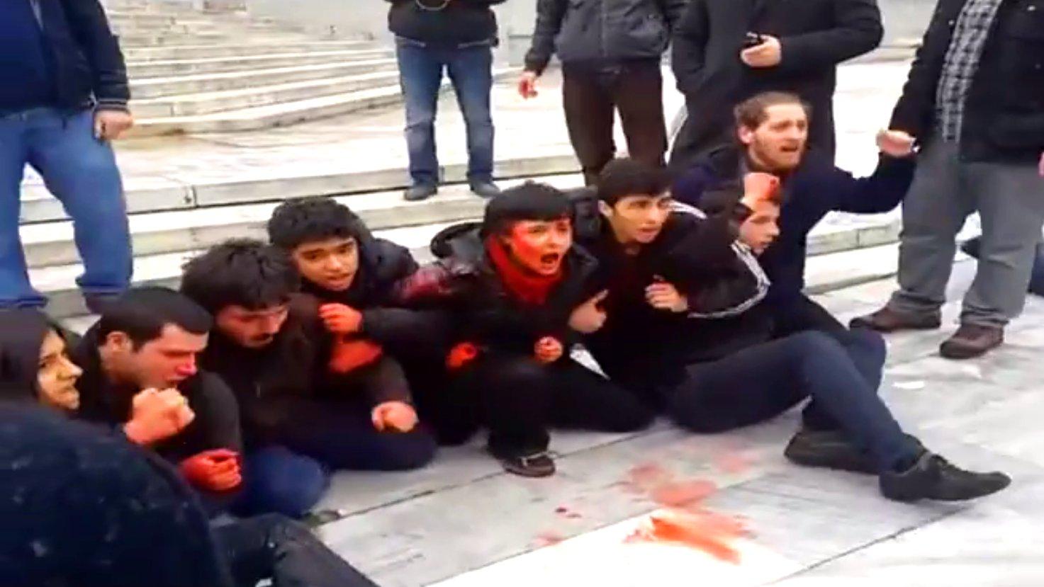 Protest-Aktion im Gezi-Park für getöteten Berkin Evan.