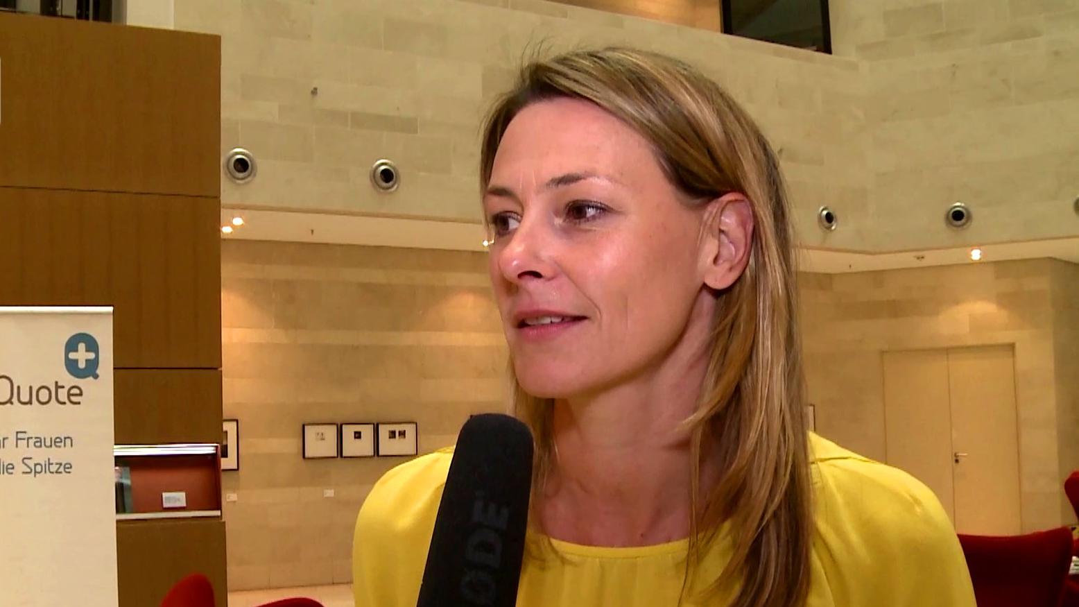 Anja Reschke im Interview mit Denise Jacobs über Shitstorm und Frauenquote