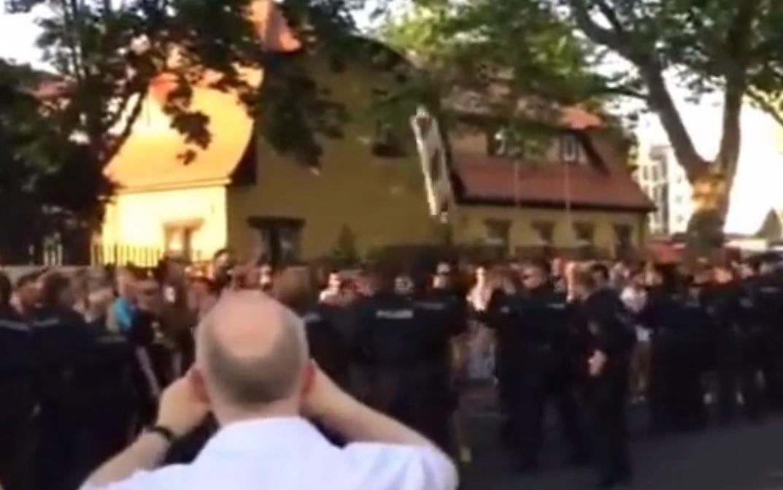 Ausschreitungen bei NPD-Demo in Dresden