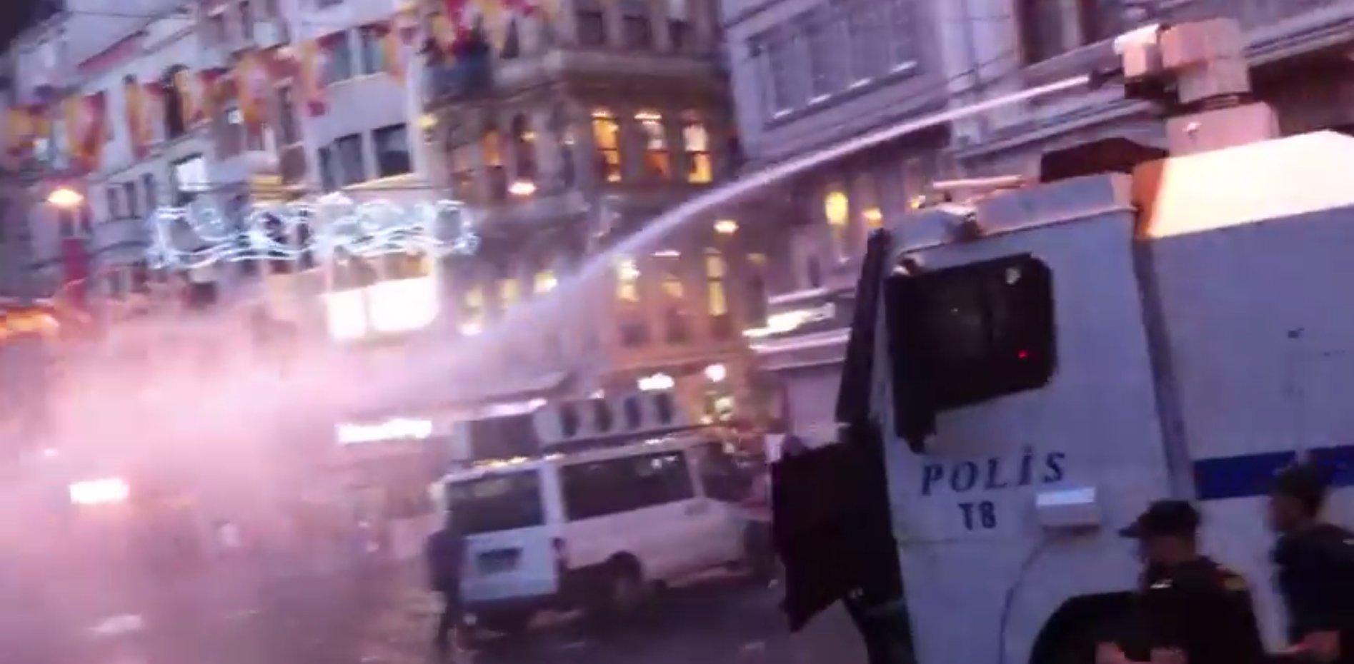 Screenshot_dbate.de_FLASH_Istanbul_Proteste_Selbstmordattentat_2015