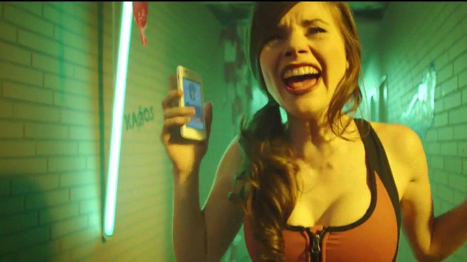 "YouTuberin Joyce Ilg im Kino-Film ""Kartoffelsalat"", 2015."