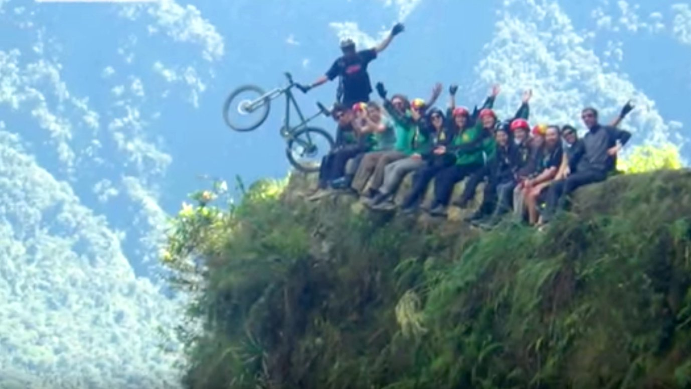 Videotagebuch Boliviens Todesstraße - Fahrt in den Abgrund