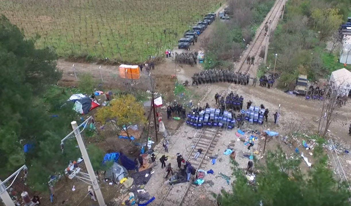 Gewaltsame Ausschreitungen zwischen Flüchtlingen und Polizei im Dezember 2015 in Idomeni