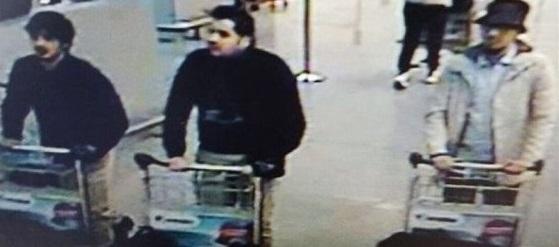 Brüssel Flughafen, Bilder der Explosion - Fahndungsfoto der Terroristen