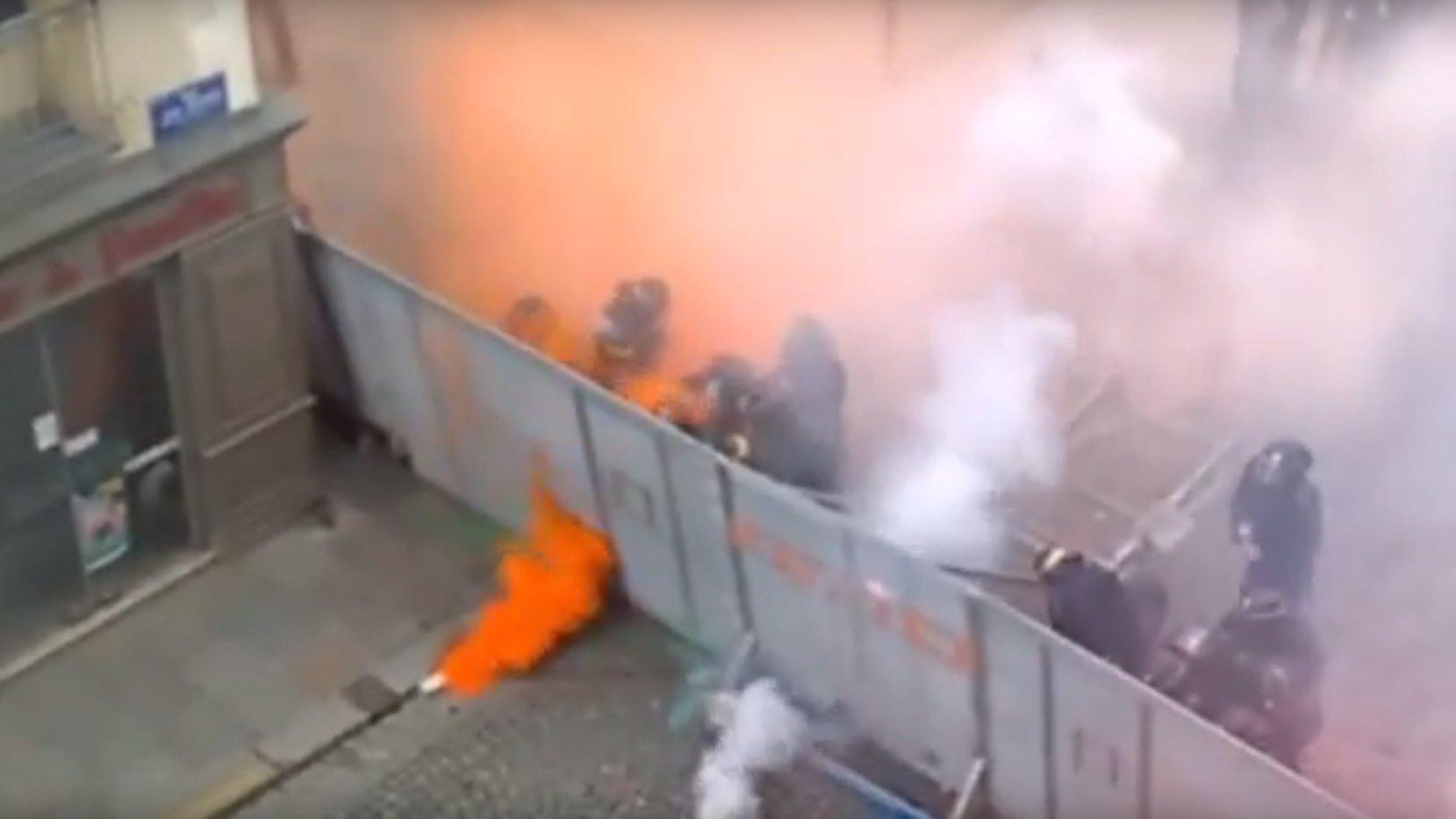Flash: Ausschreitungen in Frankreich nach Protesten gegen Arbeitsreform