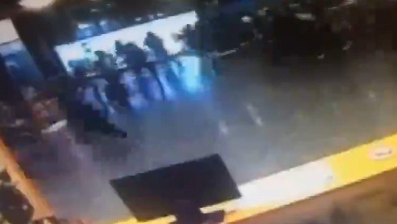 Flash: Explosion im Flughafen Istanbul