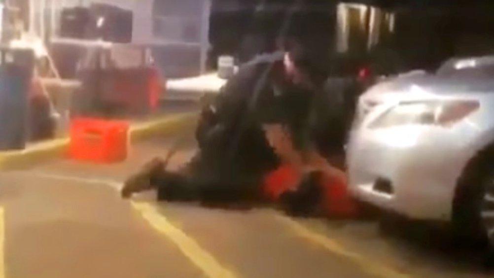 Alton Sterling wird von Polizisten erschossen (Louisianna, USA)