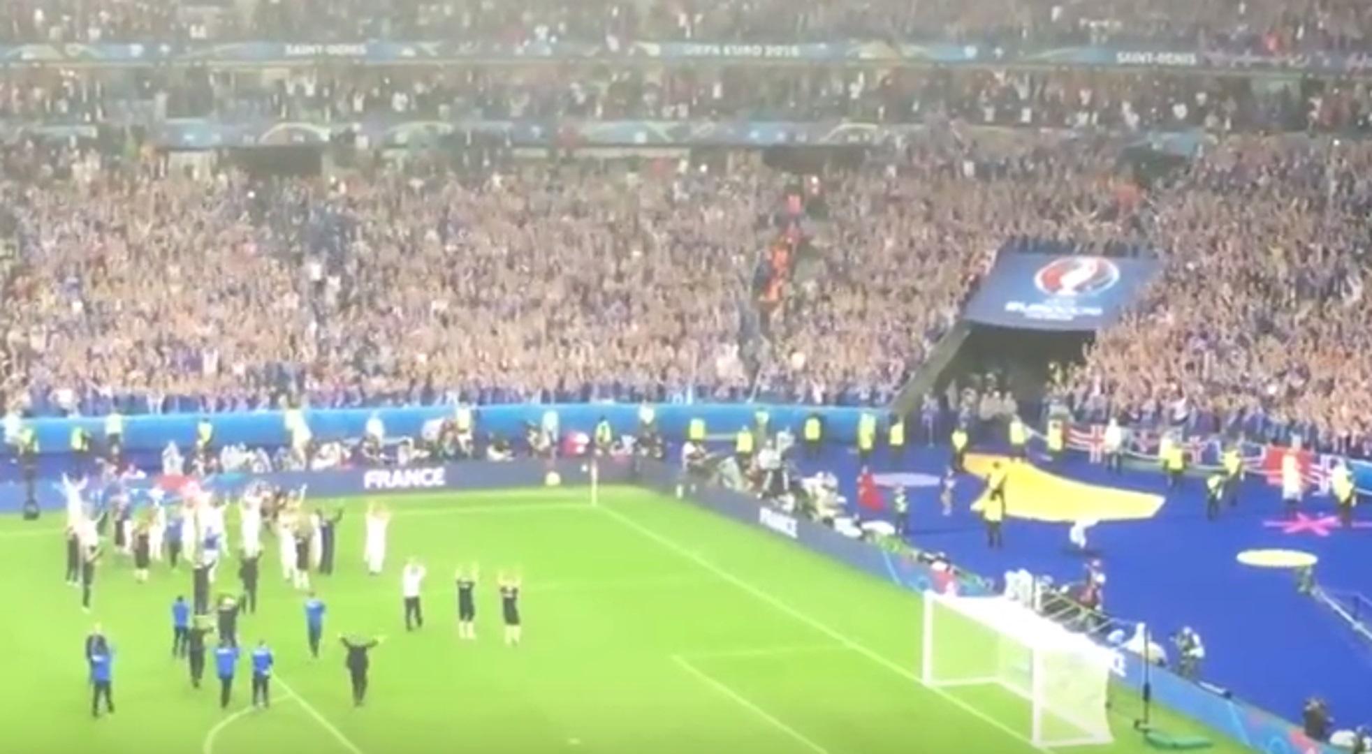 Islands Fans im Stade de France