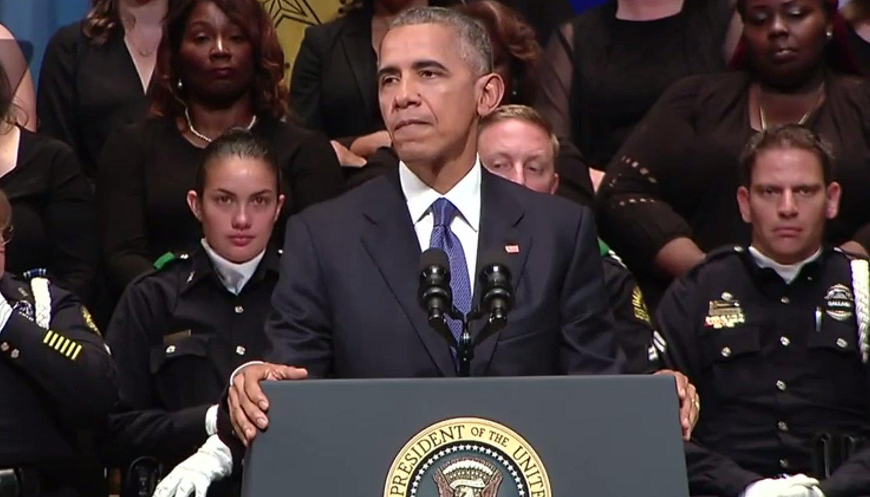 Flash: Traurerede Präsident Obama zu Dallas