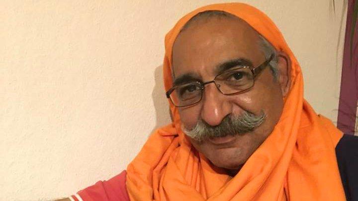 MenInHijab - iranische Männer tragen Kopftuch