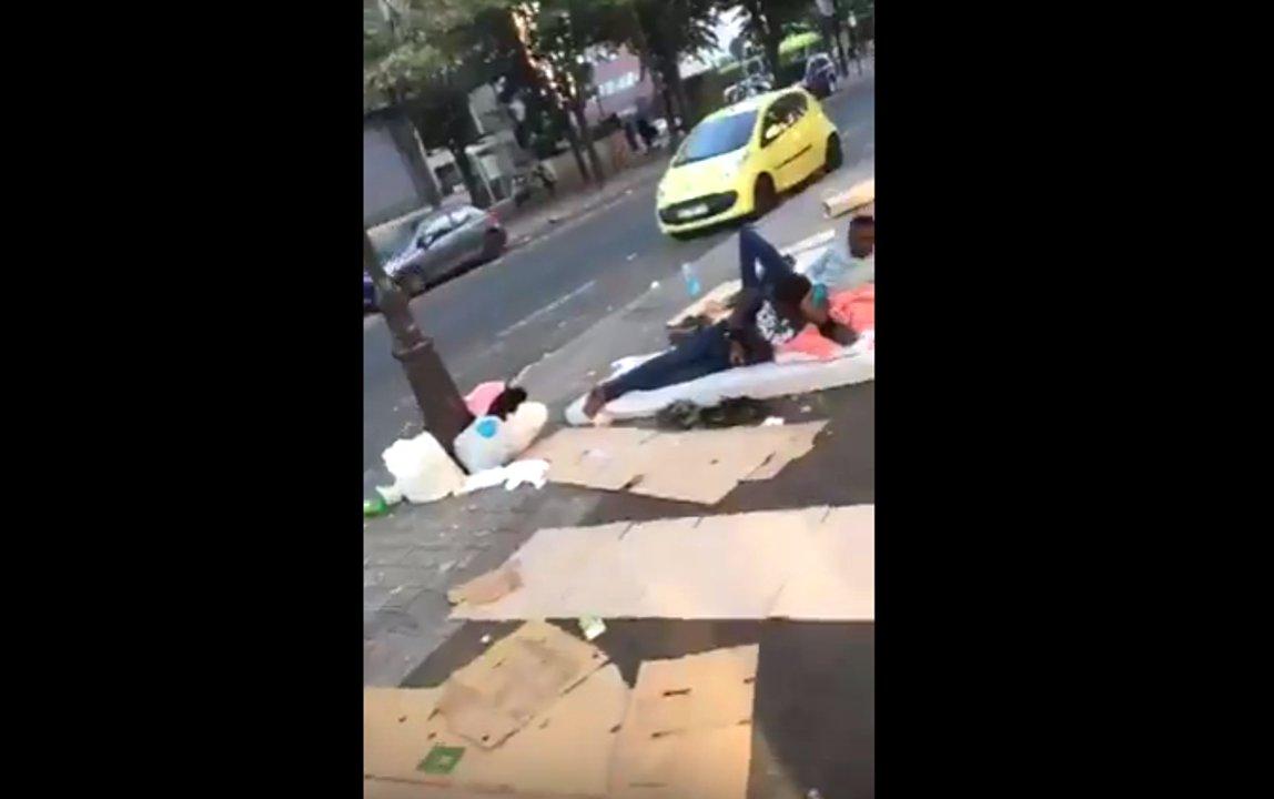 dbate-flash-frankreich-paris-fluechtlinge-slum-16