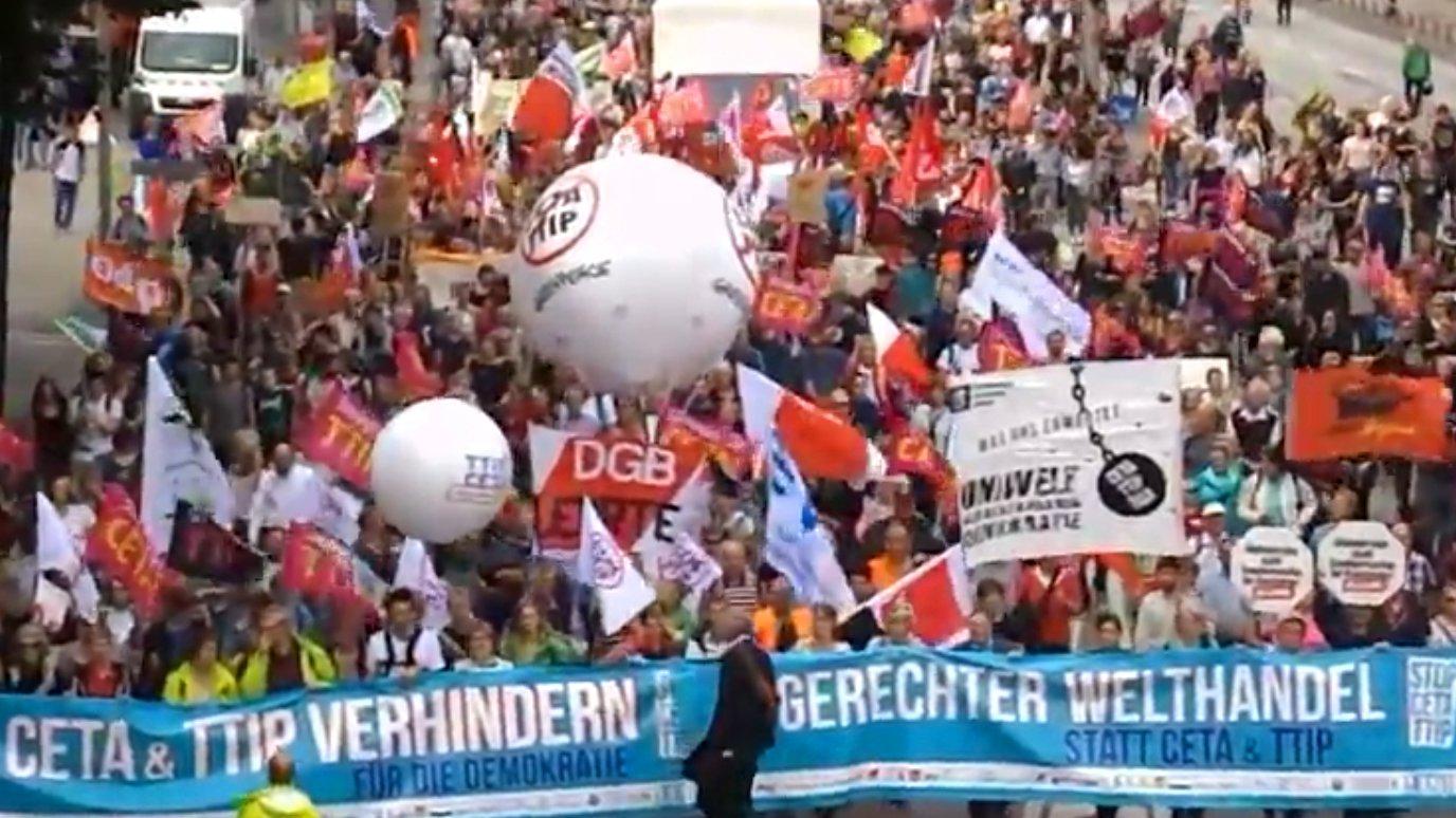 Demo gegen TTIP und CETA in Hamburg