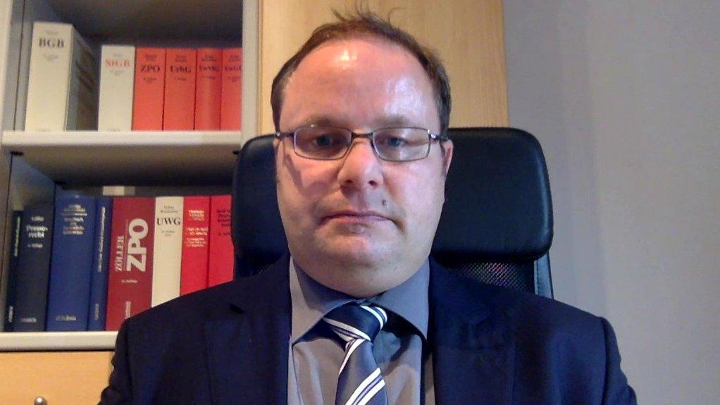 Medienanwalt Markus Kompa zur Entscheidung der Mainzer Staatsanwaltschaft