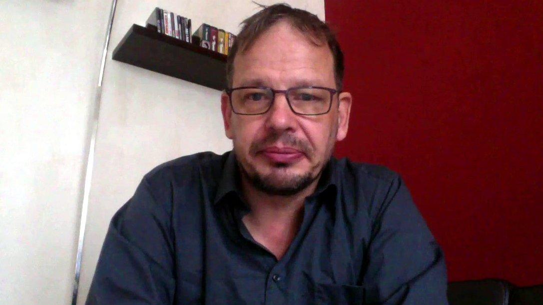 Sportjournalist Hajo Seppelt im dbate-Interview