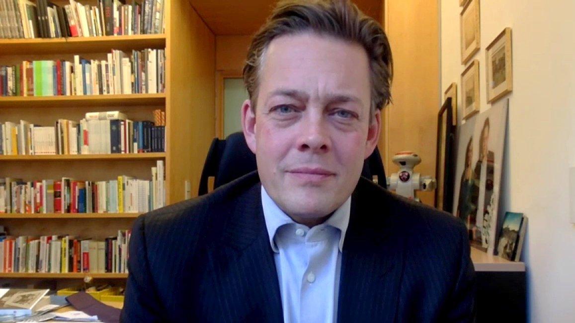 """Snowden-Vernehmung: """"Armutszeugnis für die Regierung"""" – Konstantin von Notz (NSA-Ausschuss)"""