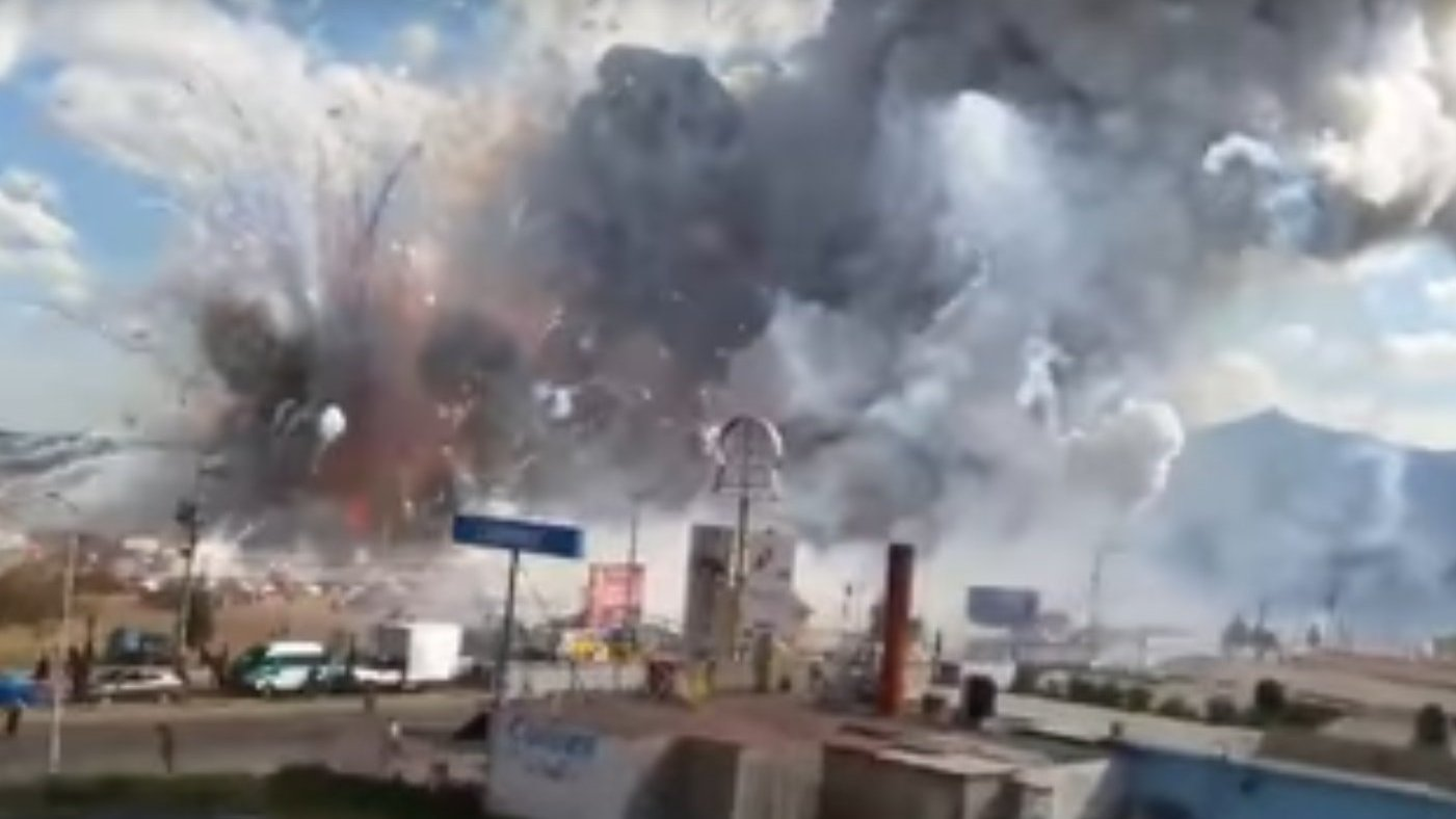 Explosion auf Pyrotechnik-Markt, Mexiko