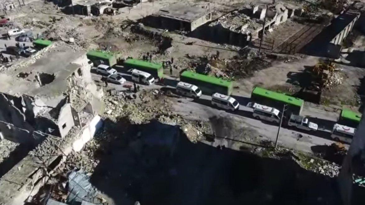 Busse in Aleppo versuchen die Zivilisten zu evakuieren