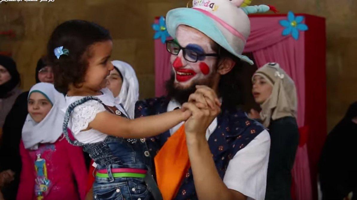 Der Clown von Aleppo ist tot: Gestorben für ein Lächeln