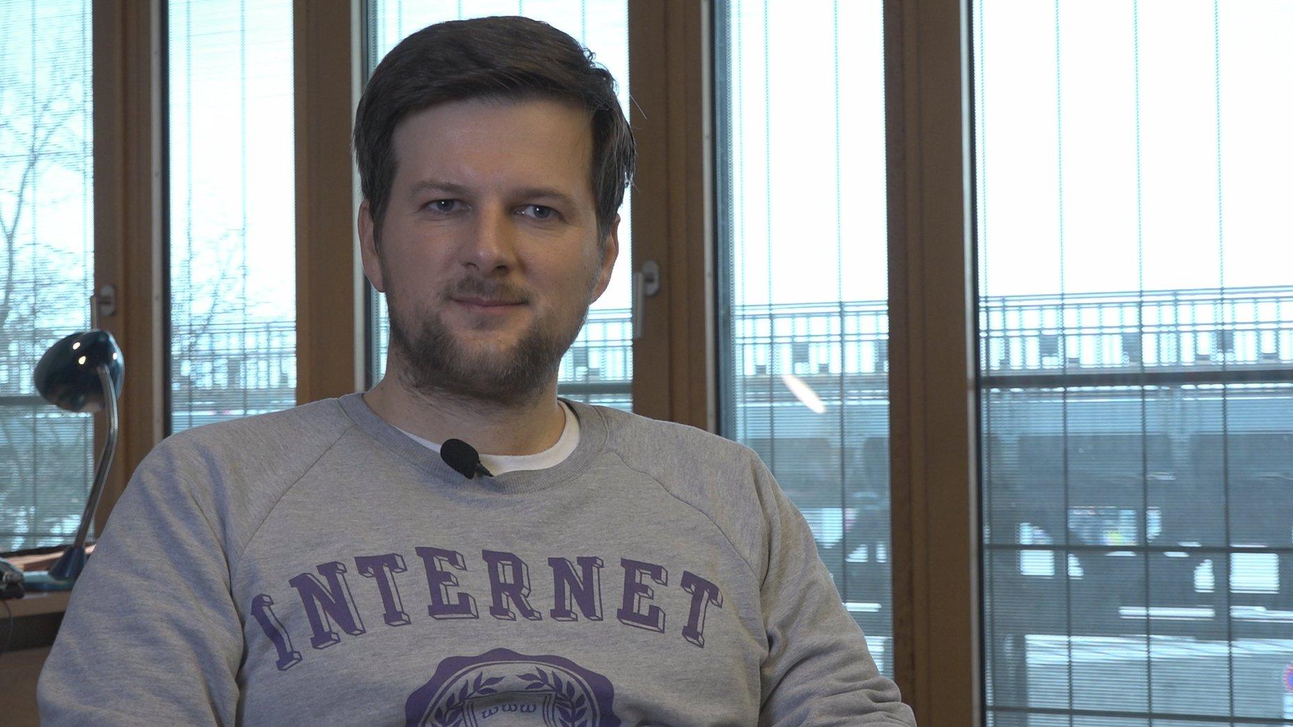 Politikberater Martin Fuchs über den Online-Wahlkampf der Kanzlerkandidaten