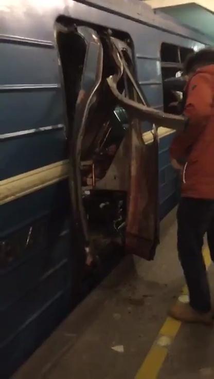 Explosion in St. Petersburg: Tote und Verletzte