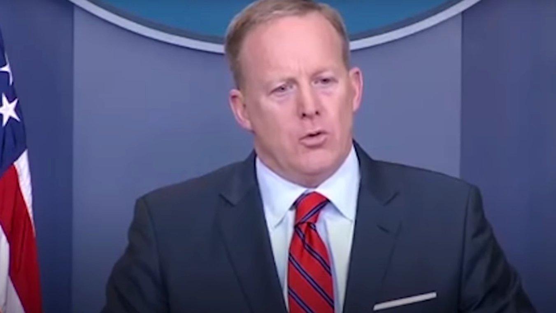 """Trump-Sprecher: """"Nicht mal Hitler hat Chemiewaffen eingesetzt"""""""
