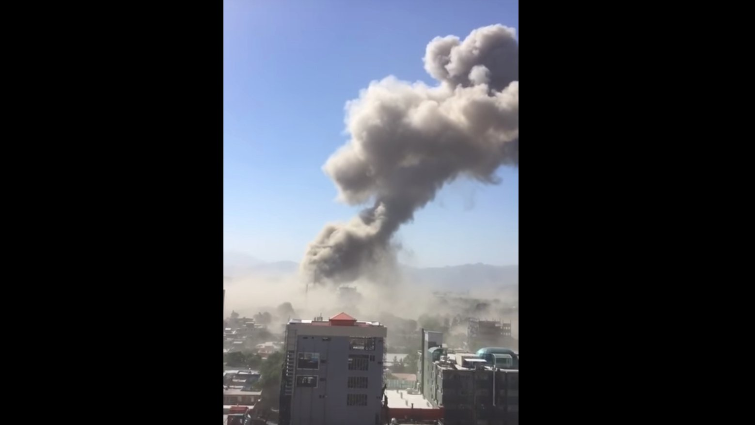 Anschlag in Kabul: Übe 60 Tote bei Bombenexplosion