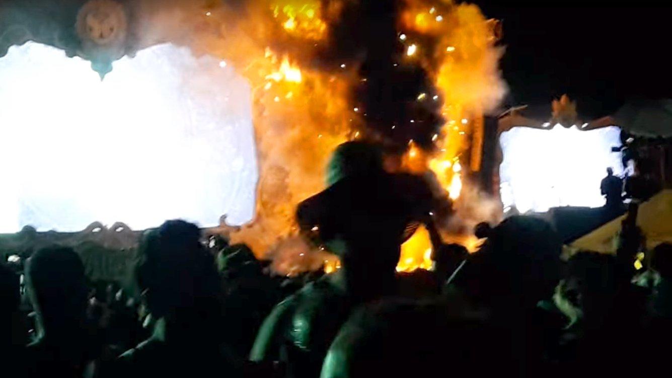 """Tomorrowland Unite"" in Barcelona: Festival-Bühne abgefackelt"